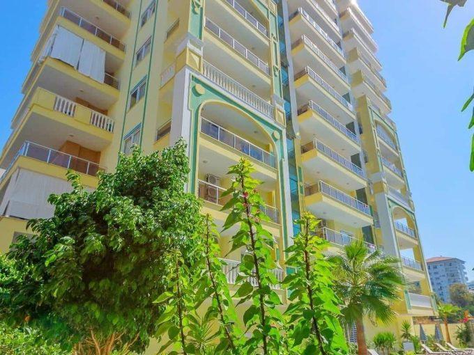 Квартира 1+1 в Махмутларе с великолепным видом на море.