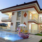 Великолепная квартира 1+1 в 350 метрах от моря в Кемере