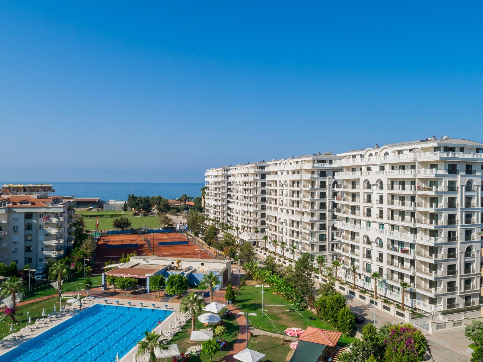 Alanya Towers — новый комплекс апартаментов класса люкс в курортном городе Алания, в 150 м от моря и пляжа.